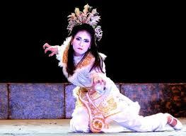Sự khác biệt trong khai thác nhân vật của sân khấu Tuồng và chèo truyền thống